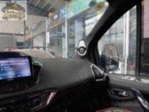 Độ âm cho cho xe limo Ford Tourneo-15.jpg