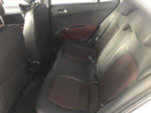Hyundai I10 AT 2019 6.jpg